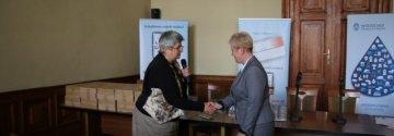 Wodociągi Miasta Krakowa odebrały podziękowanie za wsparcie projektu Karta Info-Med